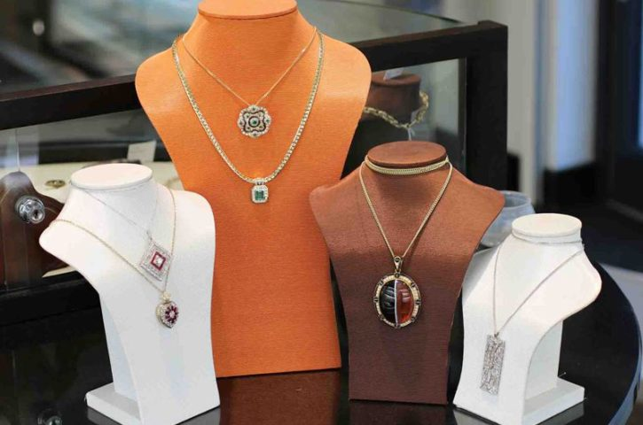 Choose Online Jewelry Stores